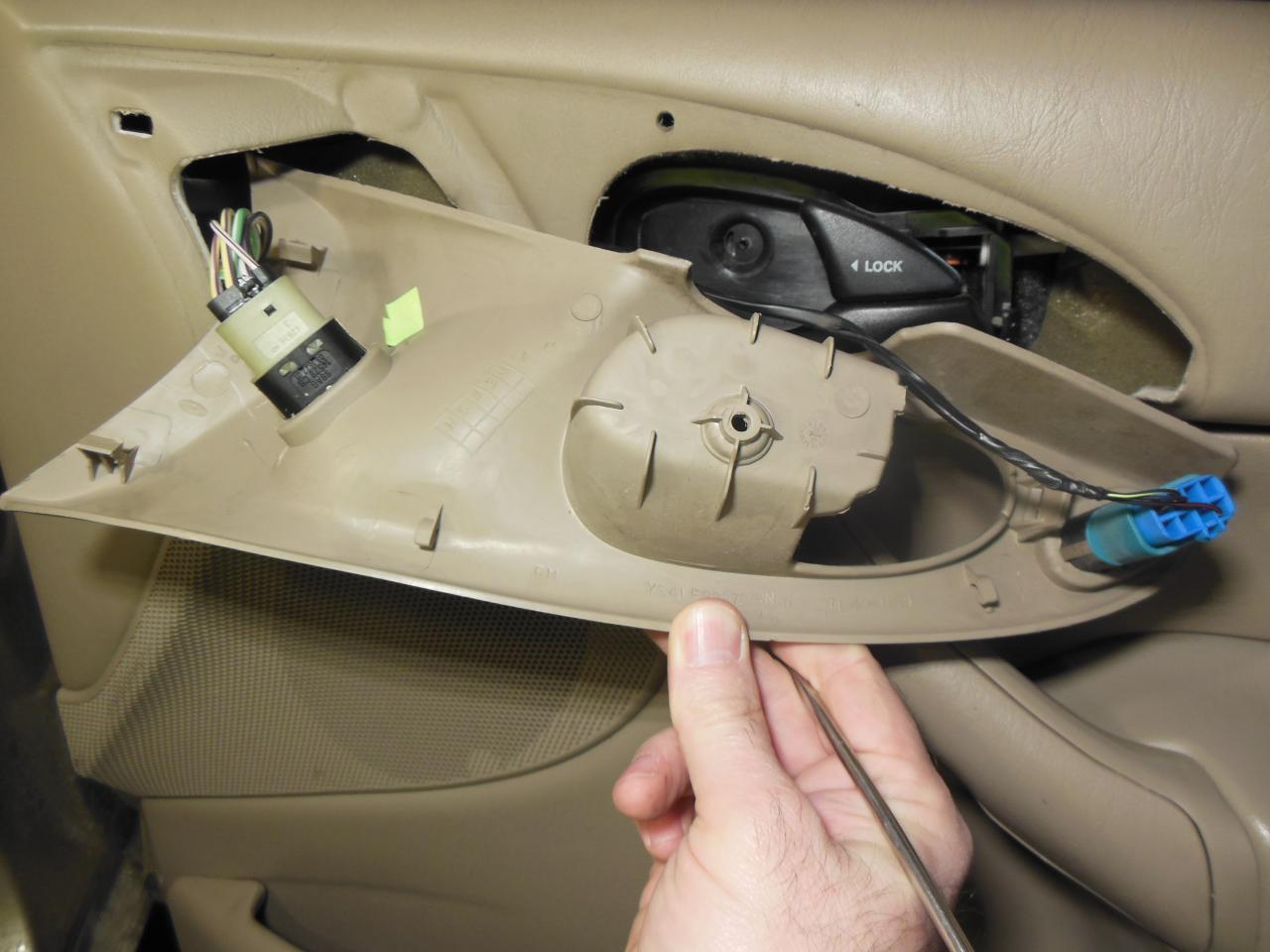 Surprising 2001 Ford Focus Door Handle Photos - Ideas house design ...